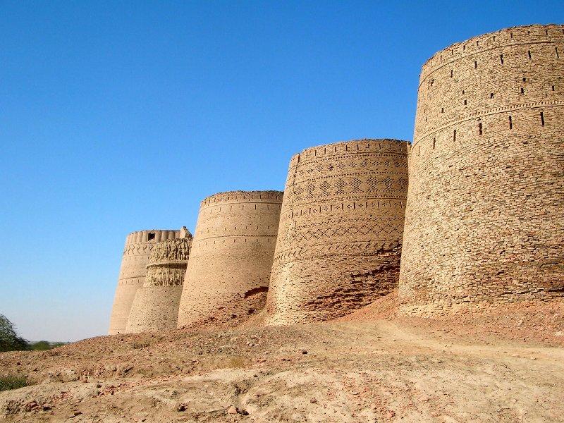 Derawar Fort - Image: http://dildilpakistan.wordpress.com