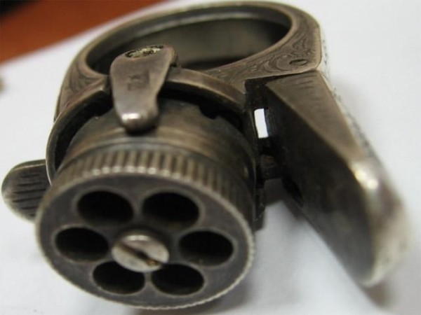 la pistola de anillo la más pequeña y más mortal del mund