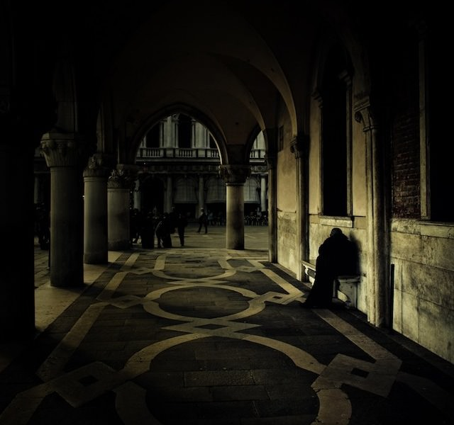 Venice in Darkness (1)