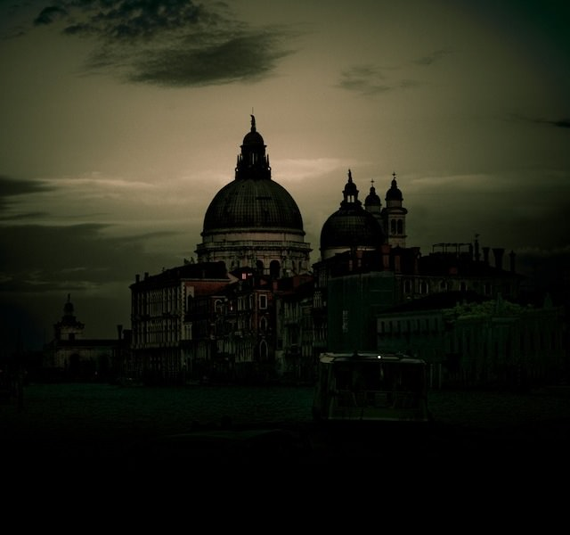 Venice in Darkness (2)