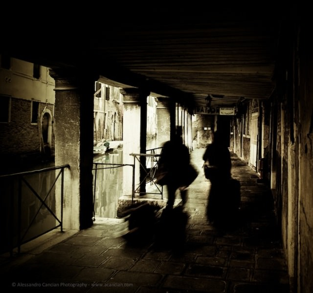 Venice in Darkness (8)