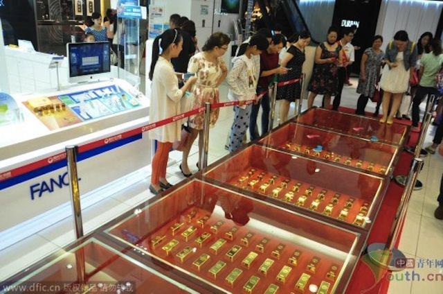 Hubei-Golden-Walkway-2