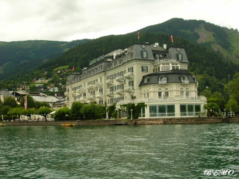 Grand Hotel (Muzaffarabad-Azad Kashmir)