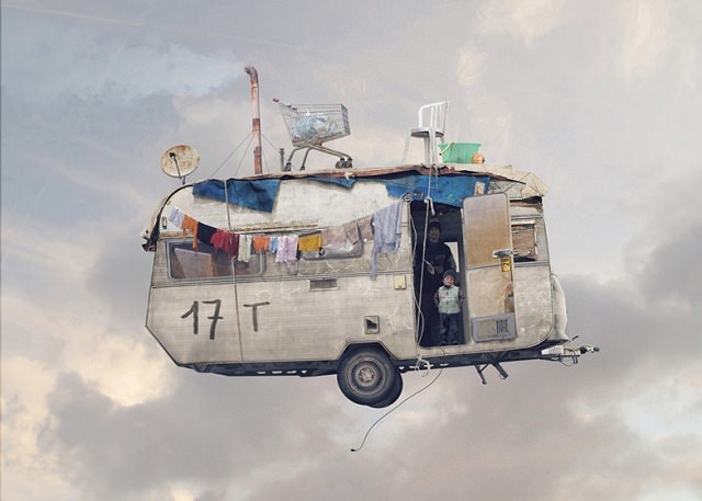 Flying-Houses-by-Laurent-Chéhère 3