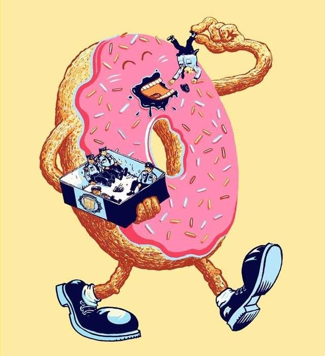 donut eating policemen