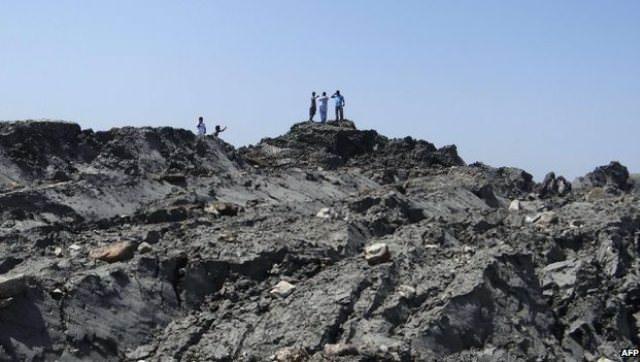 new island off Pakistan gases
