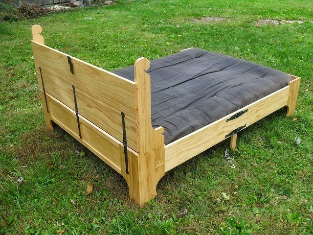 Box Bed 18