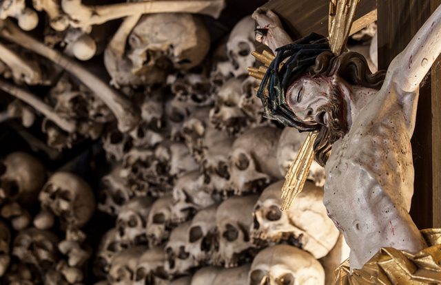 chapel made of human skull _ 5